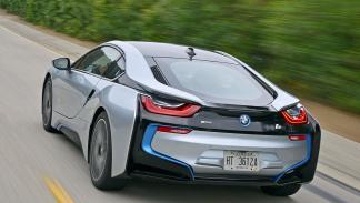 BMW i8 trasera