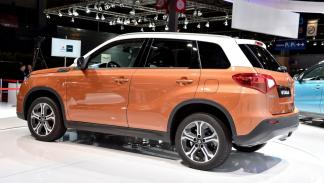 Suzuki-Vitara-2015-lateral