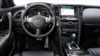Infiniti QX70S volante