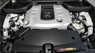 Infiniti QX70S motor