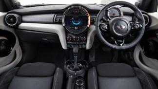 interior del Mini 5 P