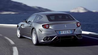 cinco coches sorprendentes Ferrari FF trasera