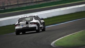Audi RS7 circuito sin conductor trasera