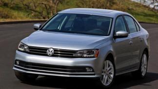 Volkswagen Jetta 2015 delantera