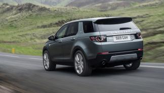Land Rover Discovery Sport trasera