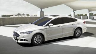 Ford Mondeo 2015 delantera