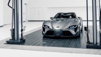 Toyota FT-1 concept frontal garaje