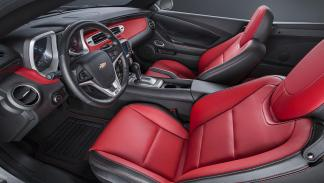 Chevrolet Camaro Commemorative Edition interior