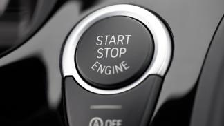 extras aumenta valor reventa coche arranque manos libres