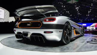 cinco mejores superdeportivos 2014 Koenigsegg One1 trasera