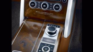 Range Rover Holland&Holland_LWB_consola central