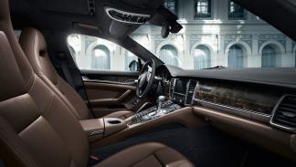 interior del Porsche Panamera Exclusive Series
