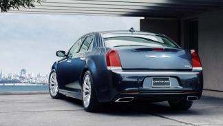Chrysler 300 2015 trasera