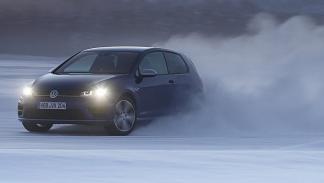 Mejores compactos según top gear Volkswagen Golf R derrape