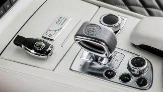 Mercedes SL 63 AMG Rosberg interior