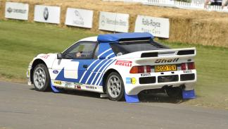 Coches espectaculares Ian Callum Ford RS200