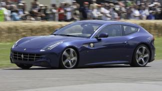 Cinco coches deportivos prácticos Ferrari FF