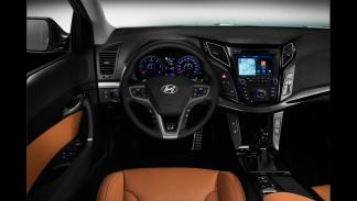 Hyundai i40 2015 - interior