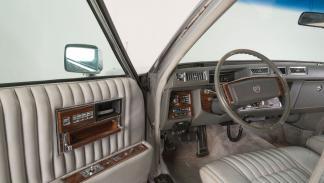 Cadillac Elvis interior
