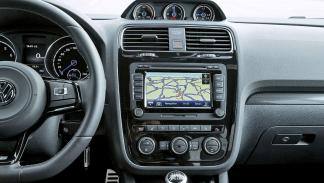 Volkswagen Scirocco R interior