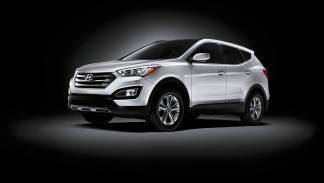 Hyundai Grand Santa Fe delantera