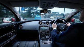 Jaguar Land Rover Follow-Me Ghost Car Navigation 3