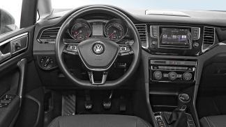 volkswagen golf sportsvan 2.0 TDI interior