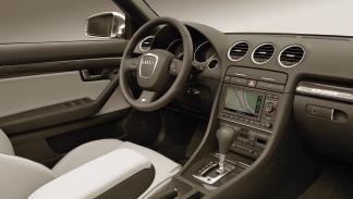 Audi S4 Avant - Interior