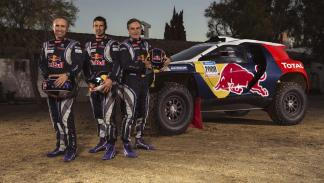 sainz-despres-peterhansel-peugeot