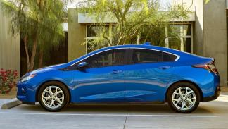 Chevrolet-Volt-lateral