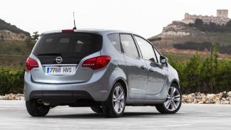 coches baratos y fiables Opel Meriva zaga