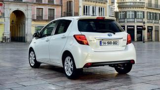 coches baratos y fiables Toyota Yaris zaga