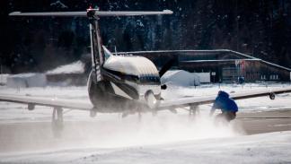 Snowboard-tirado-por-un-avión-Avión