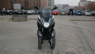 Yamaha-Tricity-125-frontal