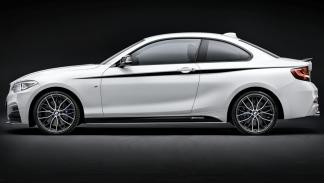 BMW 225d A Coupé lateral