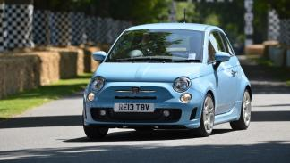 coches para universitarios Fiat 500
