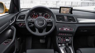 Audi Q3 2015 interior