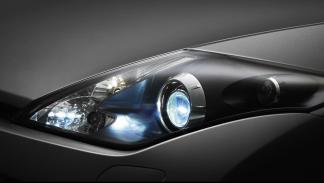 coches-luces-mas-deslumbran-Renault-Laguna-Coupé-Faro