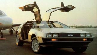 DeLorean DMC-12 - Regreso al Futuro - puertas abiertas