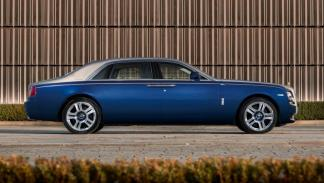 Rolls-Royce_Ghost_Mysore_Collection_lateral