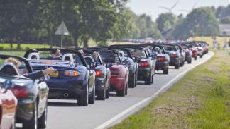 coches-mejor-relacion-diversion-precio- mazda-mx5-zaga