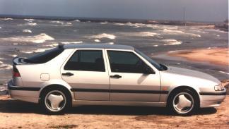 coches-mienten-nombre-saab-9000-aero-lateral