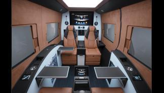 Mercedes Sprinter Limousine Brabus - cortinas abiertas