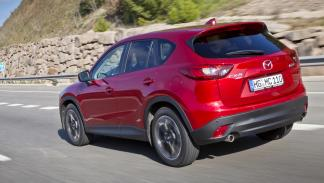 Nuevo_Mazda_CX-5_2015_trasera