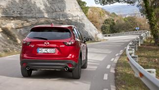 Nuevo_Mazda_CX-5_2015_posterior