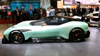 Aston Martin Vulcan lateral