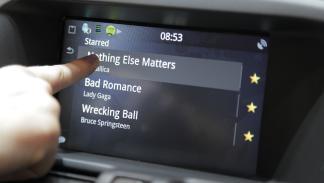 Volvo Sensus Connect Spotity