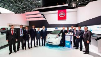 Acuerdo entre Nissan y Endesa - foto de grupo