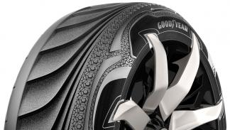 Flancos del neumático Goodyear Triple Tube