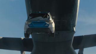 Los coches de A Todo Gas 7 saltan desde avión